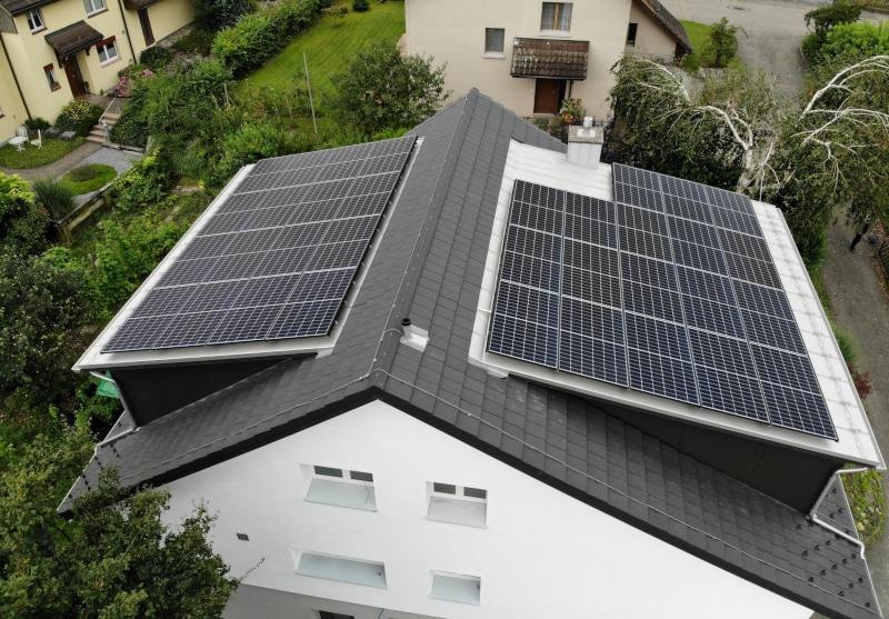 Photovoltaik-Anlage auf EFH in Knonau
